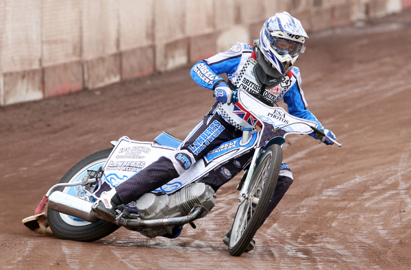 Hammers aim to train – Welcome to Lakeside Hammers Speedway