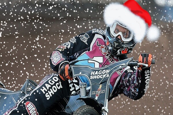 Merry-Christmas-from-the-Lakeside-Hammers