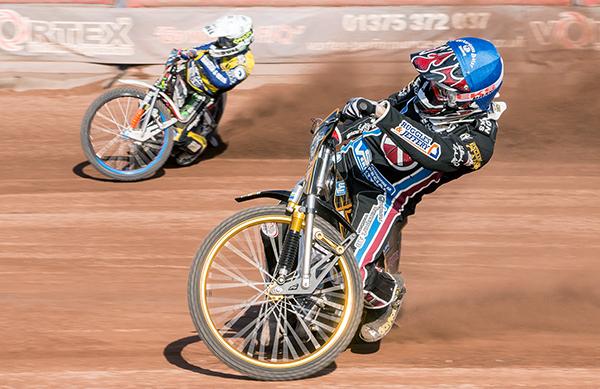 Kim-Nilsson-(-in-Blue)-Neils-Kristien-Iversen-(White)-Heat-13_Lakeside-Hammers_CREDIT-STEVE-HONE
