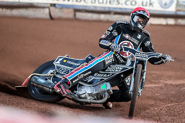 Andreas-Jonsson_Lakeside-Hammers_Credit-Jeff Davies