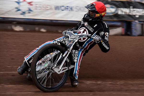 Andreas Jonsson Lakeside Vortex Hammers_Credit Anticlockwise Photography