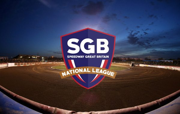 Partial power failure at the Arena delays racing after 4 heats - Lakeside Hammers vs Swindon Robins, Elite League Speedway at the Arena Essex Raceway, Pufleet - 10/04/15 - MANDATORY CREDIT: Rob Newell/TGSPHOTO - Self billing applies where appropriate - 0845 094 6026 - contact@tgsphoto.co.uk - NO UNPAID USE
