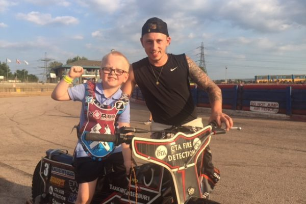 The Lakeside Hammers _Mascot package