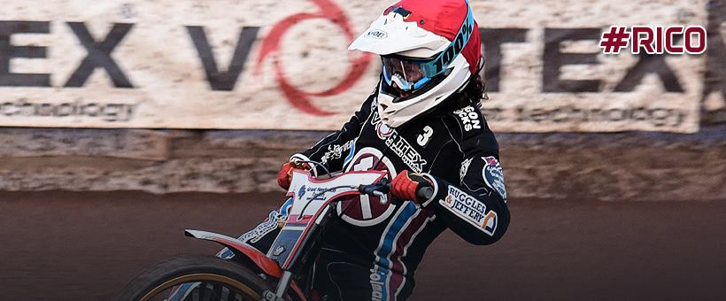 Lakeside Hammers_Facebook cover